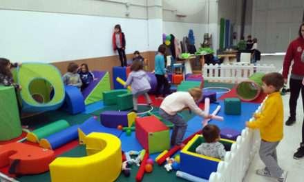 Juegos, escalada y cine el sábado en Txispum