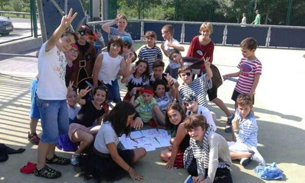 Miércoles y vacaciones niños escolarizados en Francia con Txiribuelta
