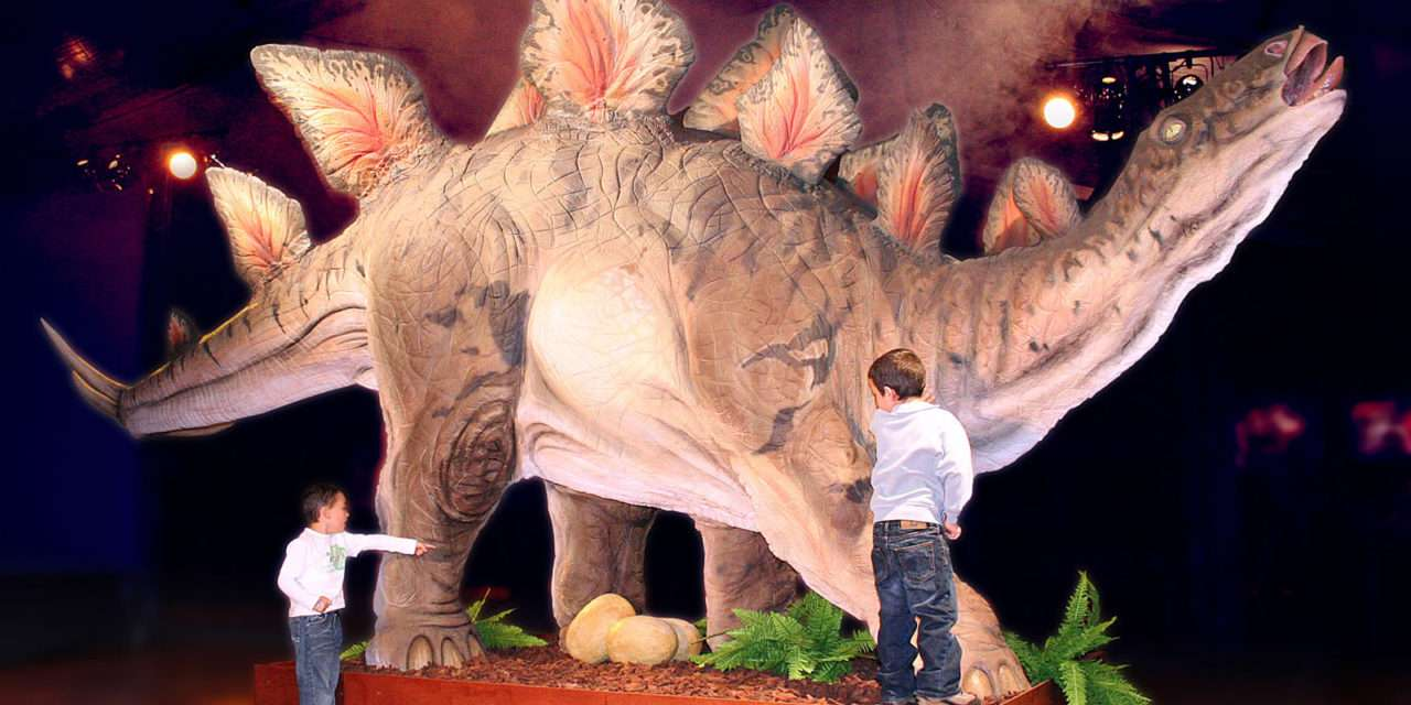 Exposición de dinosaurios en  Illumbe