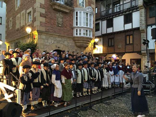 24 17:15 Gipuzkoa Plaza Festival infantil de villancicos-Hondarribia