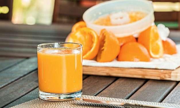 Los zumos de frutas no son saludables, ni siquiera los caseros