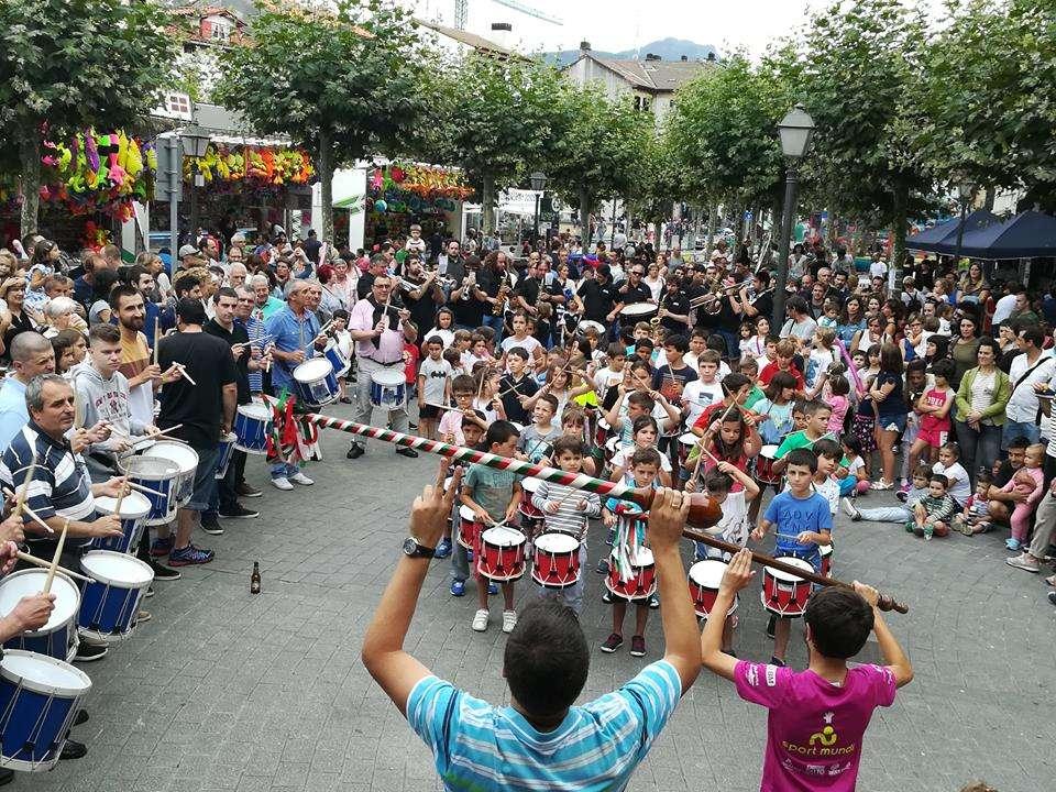 fiestas del barrio de santiago-Irun