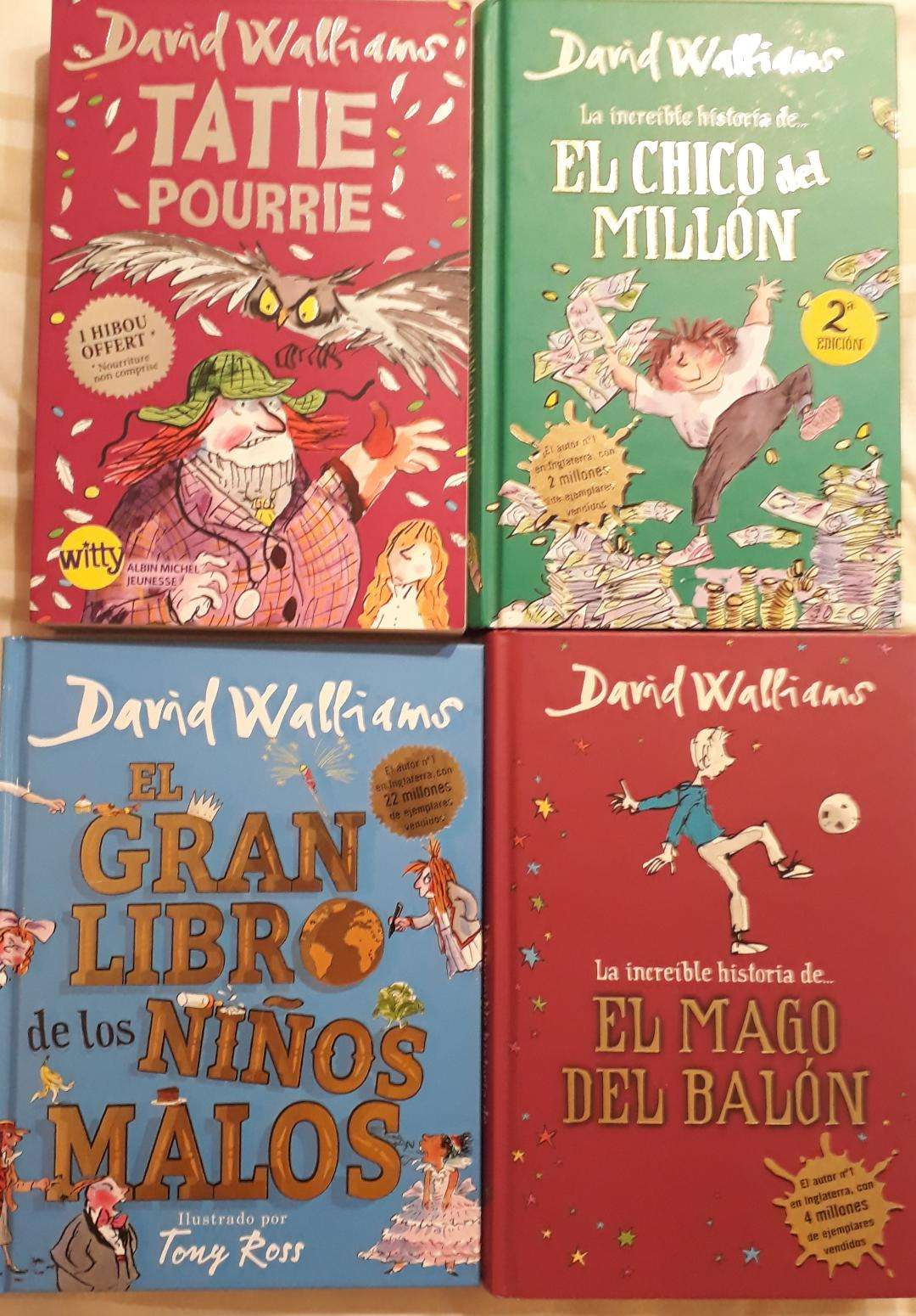 David Walliams-leyendo en familia-Virginia Gil